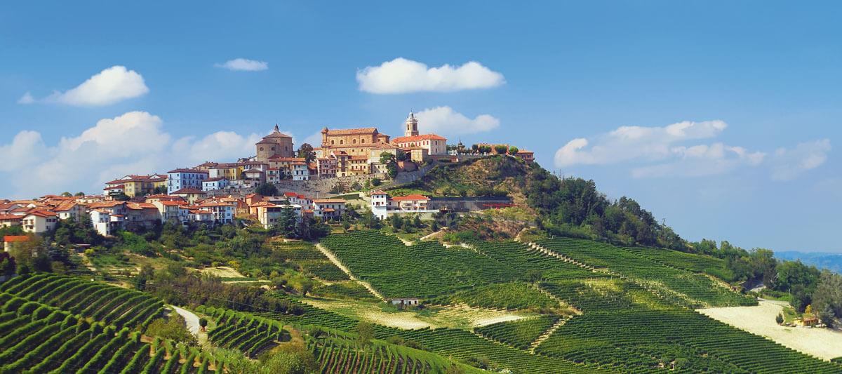 Piemont Langhe_bei_Barolo