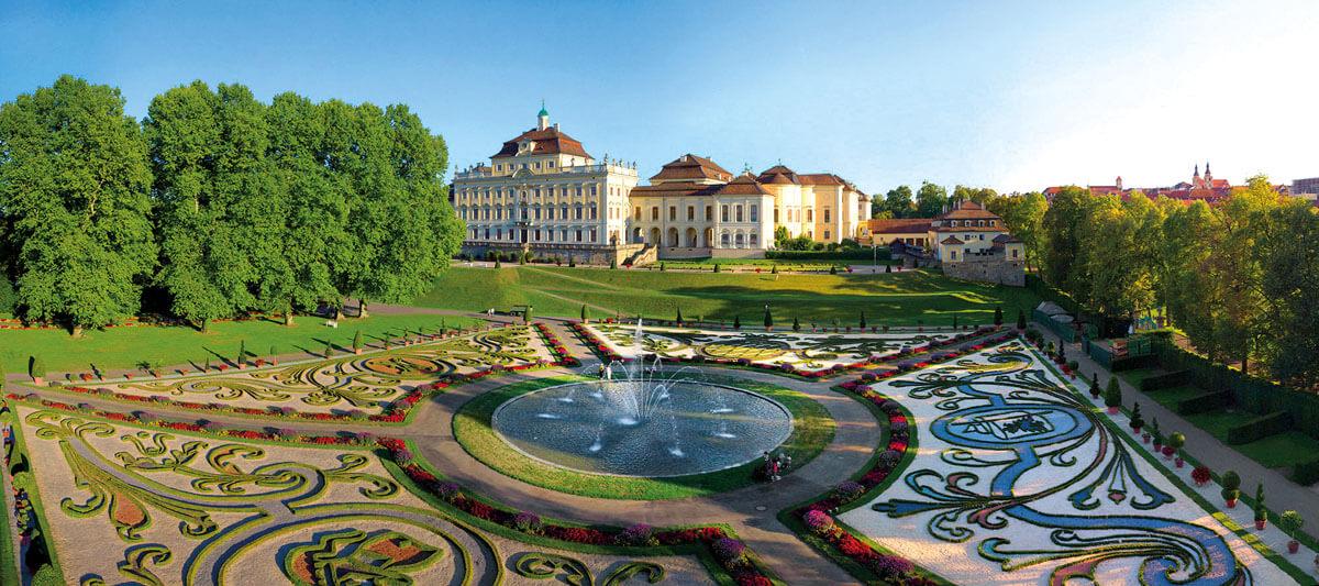 Tagesfahrten Bluehendes_Barock_Ludwigsburg Residenzschloss