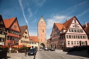 Dinkelsbühl, Blick von Altstadt auf das Wörnitzer Stadttor